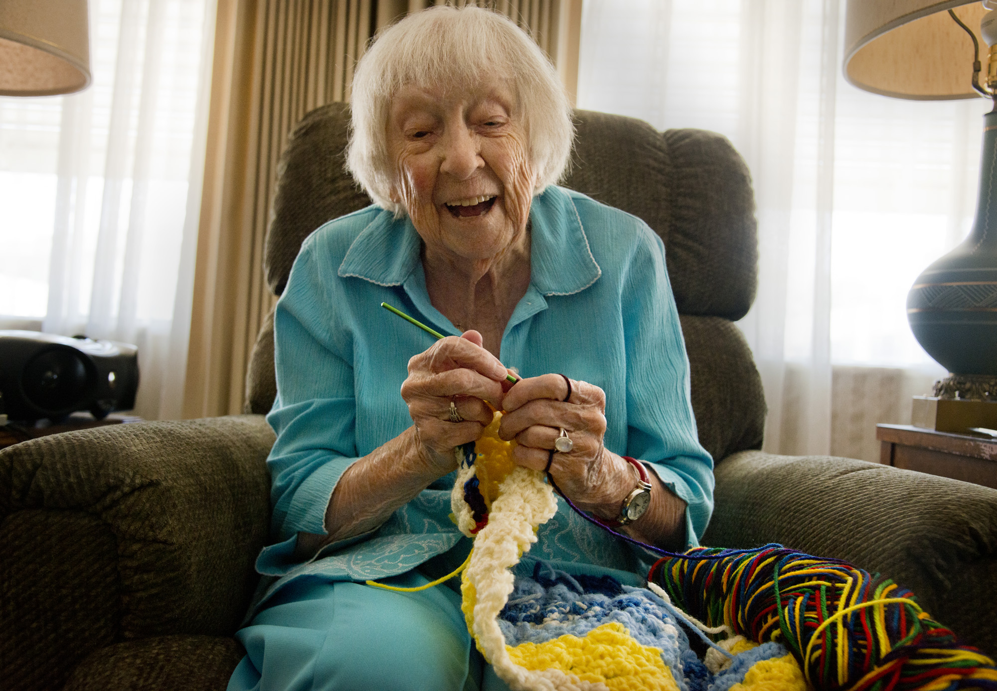 Old Lady Knitting Images : Crafting activities for seniors knit sew crochet and